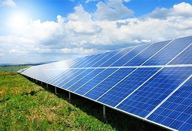 ROW OF COMMERCIAL SOLAR PANELS